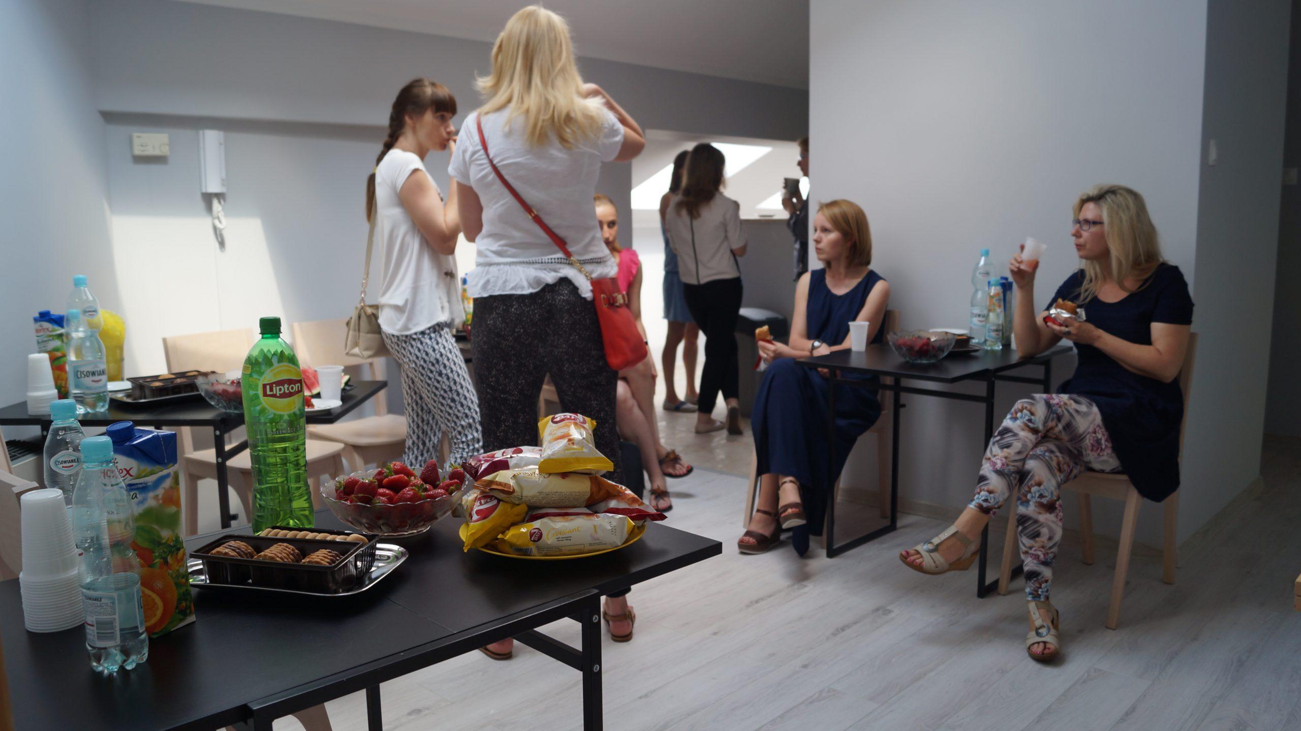 Catering sala szkoleniowa ul. Śródziemnomorska 11